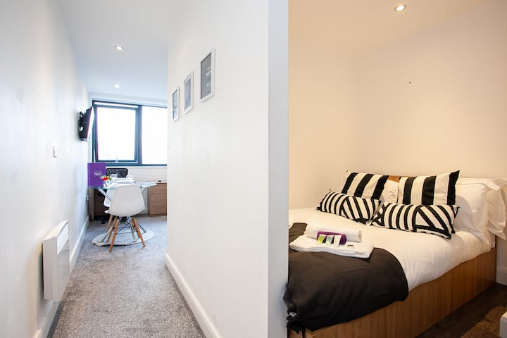 Super Central 1 Bed Apartment near all Manchester City Centre Attractiobs