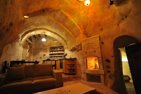 Cave House with Turkish Bath - Ortahisar Belediyesi