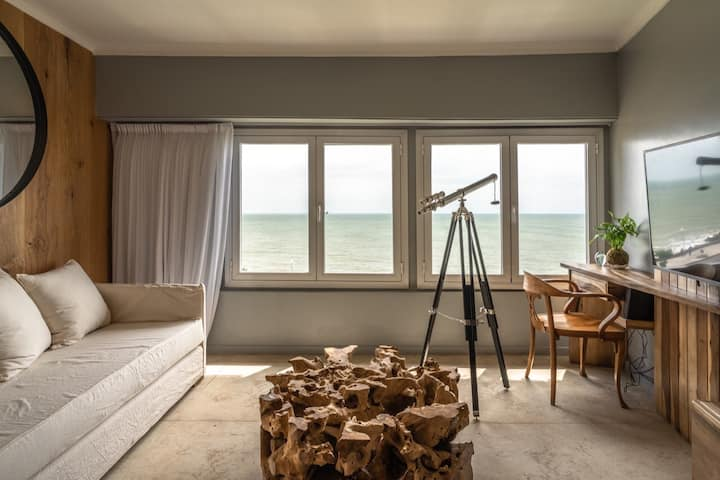 Extraordinario loft frente al mar