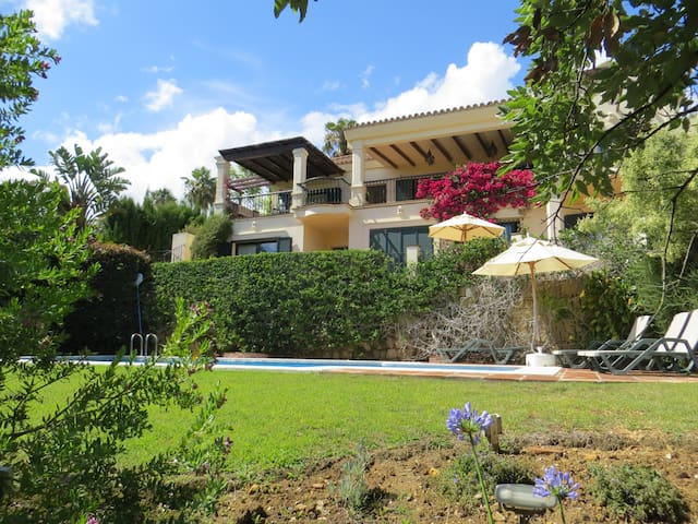 Sotogrande small luxury Villa with pool sleeps 8.