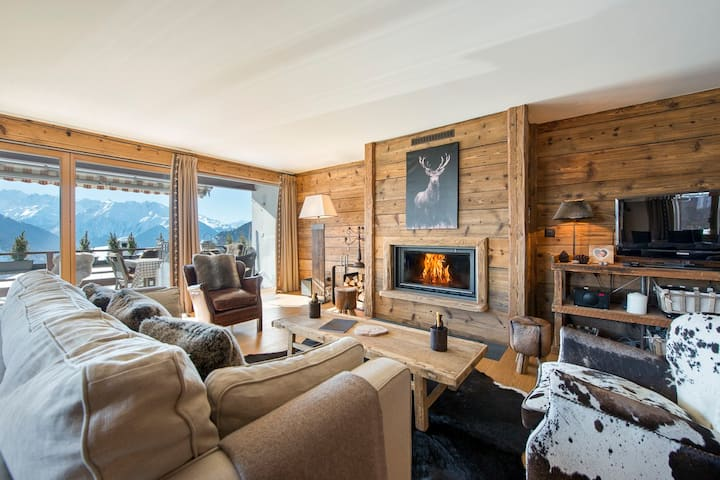 Luxury apartment near Le Rouge with stunning view