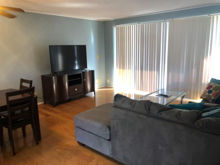 Cozy 2 Bedroom Condo 1091 on Mobile Bay!