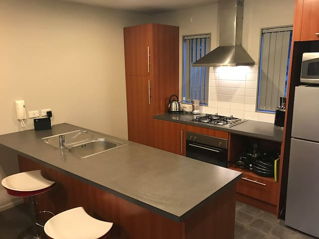 Quiet single room available - Auckland - Reihenhaus