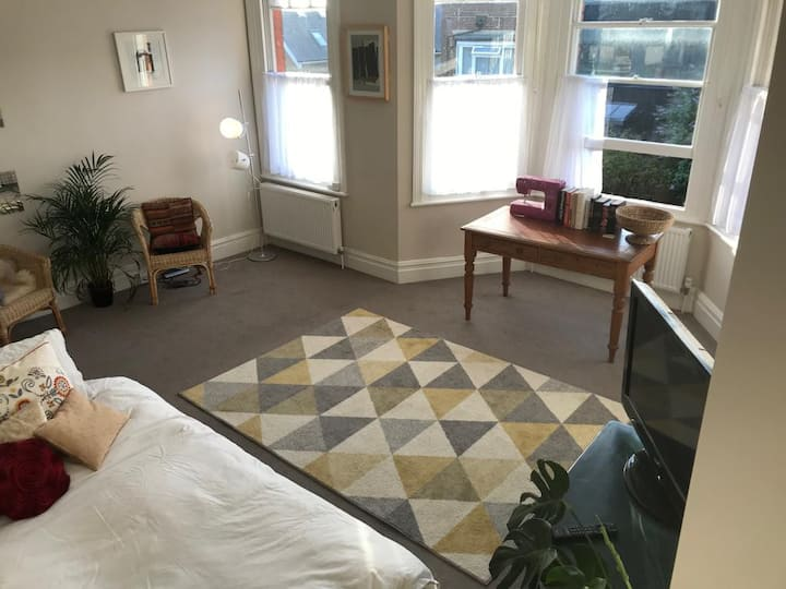 Very large bright room in North London