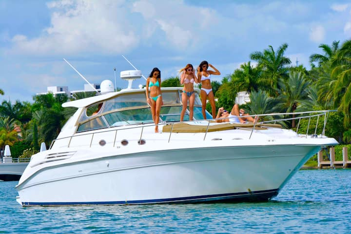 45' SeaRay - Rent a Luxury Yachting Experience!