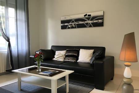Appartement *** au coeur des Lacs du Lévézou - Pont-de-Salars - Apartemen