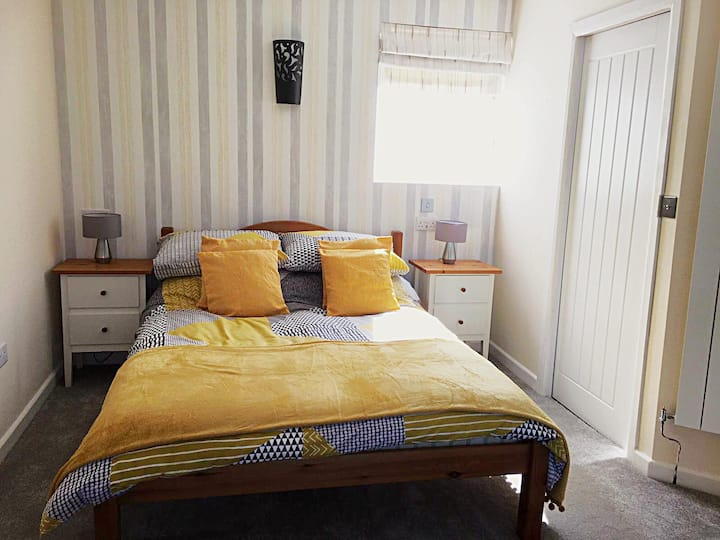 Cosy Self Contained B&B - perfect Staycation