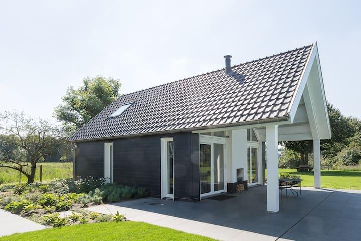 B&B op unieke rustige locatie - Den Hout