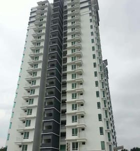 Stylish Condo with View over Penang Second Bridge - Bukit Mertajam