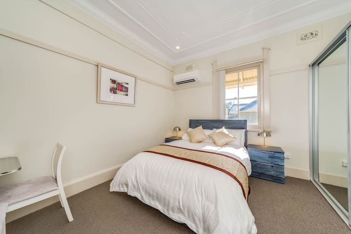 Marulan (Hidden by Airbnb) - Deluxe Room #4 ONLY