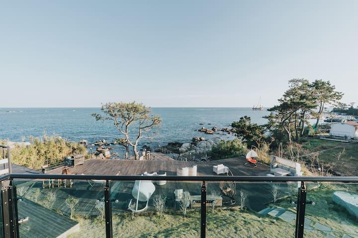 NEW 오션뷰 독채복층의 일출이 멋진 간절곶 The선(善) 하우스 C