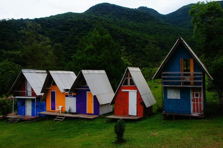Cabanas próximas à Cascata Garapiá