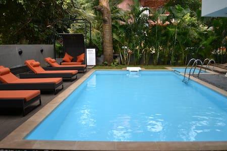 Luxurious Premium Private Room in Baga Riverfront - Baga