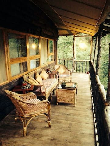 Jungle cottages in the himalayas - Hee-Gyathang - Stuga