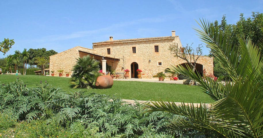 Idyllic authentic country house - Illes Balears - Casa