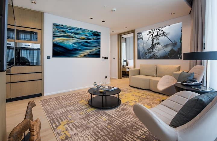 Luxurious 2 Bedroom Apartment N04