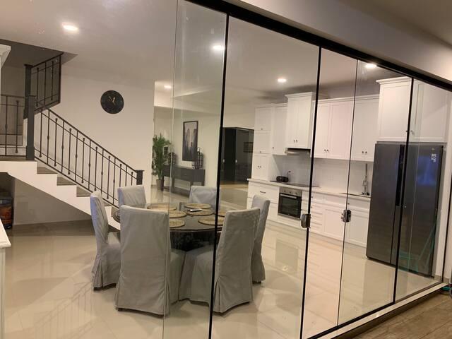 "Modern, Luxurious, Stainless, Granite, 65"" TV"
