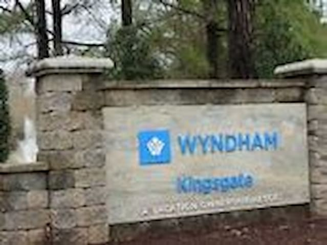 Wyndham Kingsgate Resort