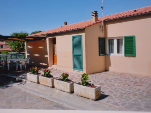 3 roomed house at Elba Island - Portoferraio - Hus