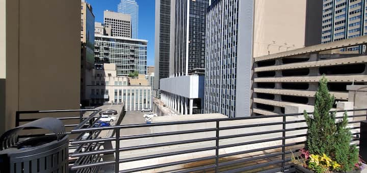 Perfect for Long Term | Studio Loft in Downtown! A