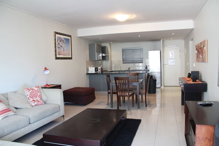 Beautiful views spacious 2 bedroom 2 bathroom home - Ciutat del Cap - Aparthotel