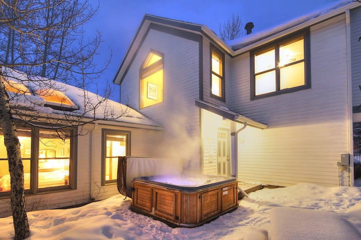 Ski Hill Views, In-Town Location, Private Hot Tub