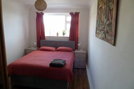 Comfortable room in good residential area
