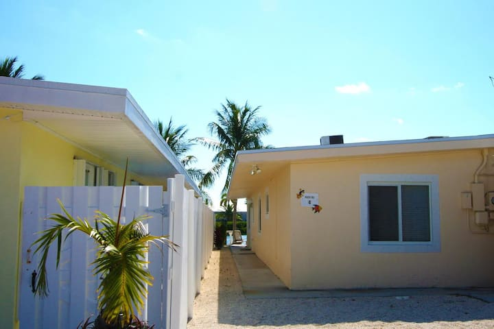 4 7th st KCB~ Casa De Calma - Key Colony Beach - Daire