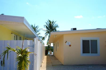 4 7th st KCB~ Casa De Calma - Key Colony Beach - Apartamento