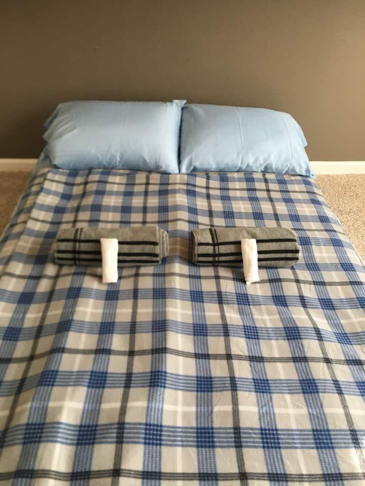 420 Friendly Private Room  Sleeps 2