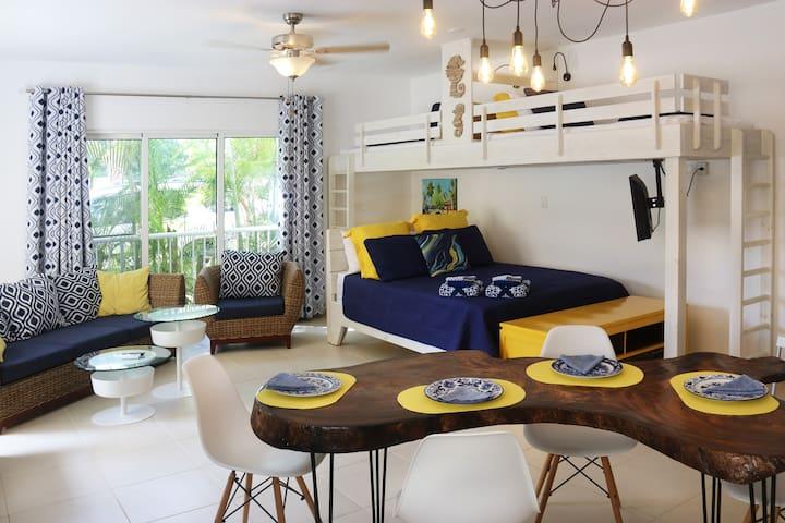 KiteBeach Ground Floor - Family Style Large Studio
