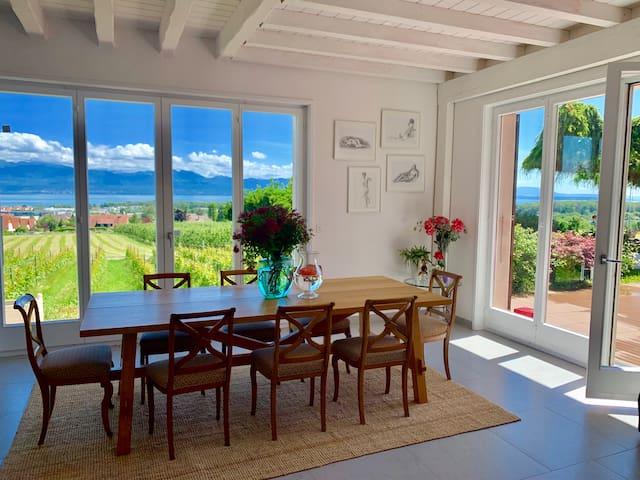 001 Beautiful bedroom in a vineyards #4