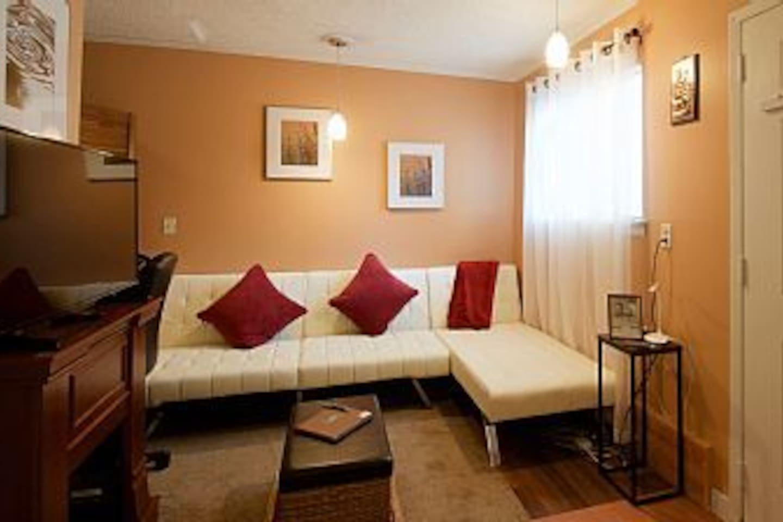cozy small studio near ku and downtown jayhawks apartments for