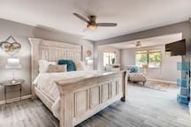 Rejuvenate in the Master Suite fit for a King<br>Rejuvenate in the Mast Suite fit for a King!<br>