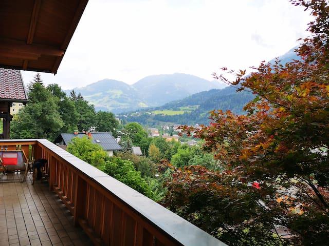 """eine Taumaussicht bis zum Gernkogel, St. Johann/Alpendorf, Ski amadé // stunning view to St. Johann-Alpendorf """"Gernkogel"""", Ski amadé"""