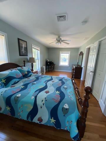 Upstairs  waterfront bedroom