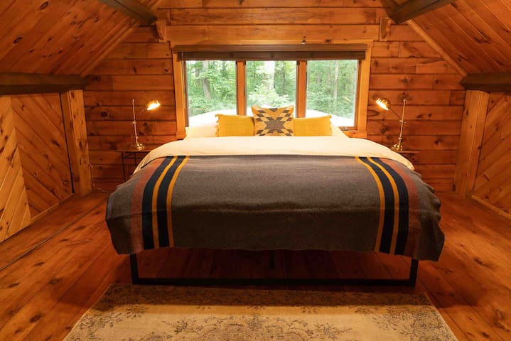 Second Floor Bedroom with Luxurious King Bed