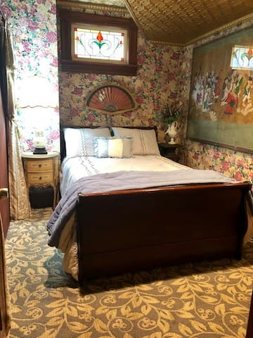 Prince of Wales Room - Double bed