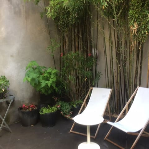Spacious studio with private patio - Gent - Rumah