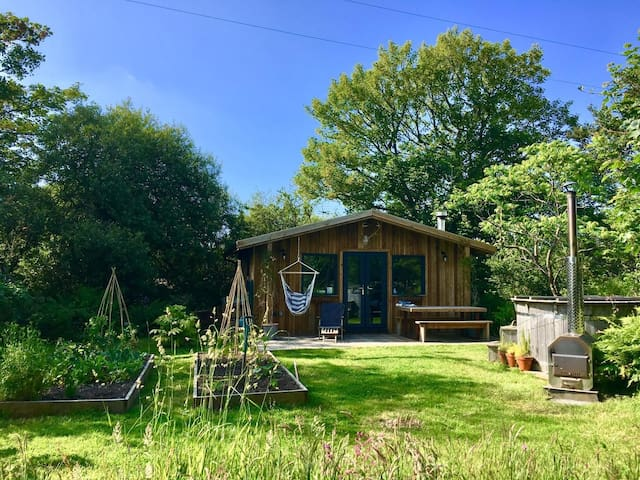 Saltbox Lodge...perfect for exploring Cornwall