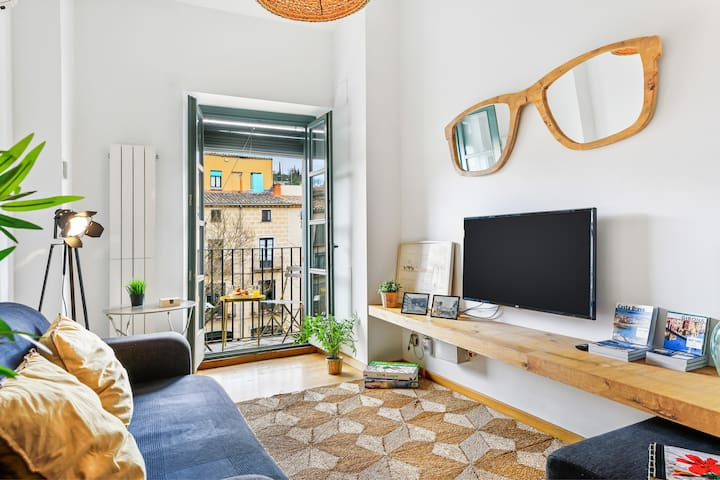 *****Magnific Penthouse in Old Town.