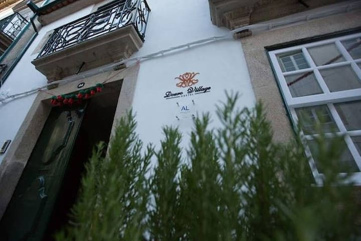 Douro Village Hostel - Quarto Privado - Vila Real