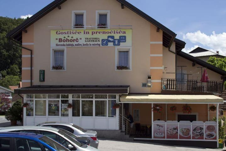 Cosy room for 2 in Guesthouse Bohorč in Šentjur