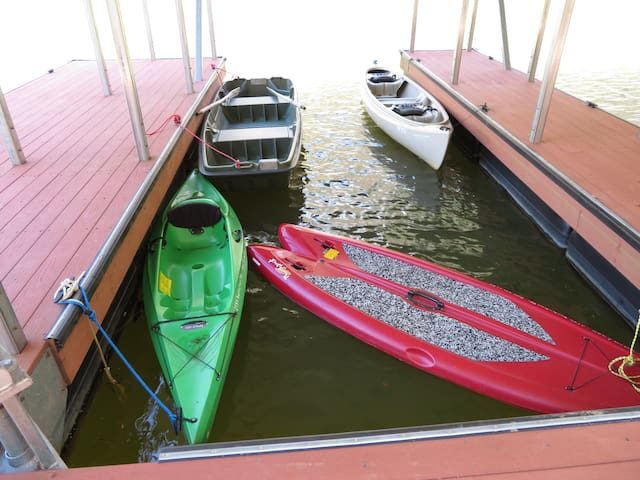 Water toys included! Kayak, canoe, Row Boat and Stand-up paddle-board with all accessories
