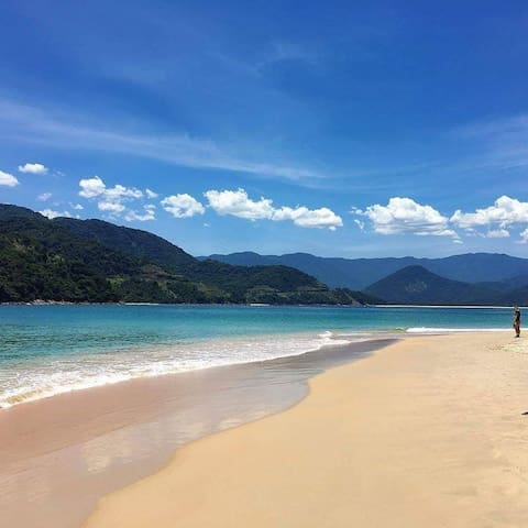 Alugo KITNET em Ubatuba 15 minuto da praia andando
