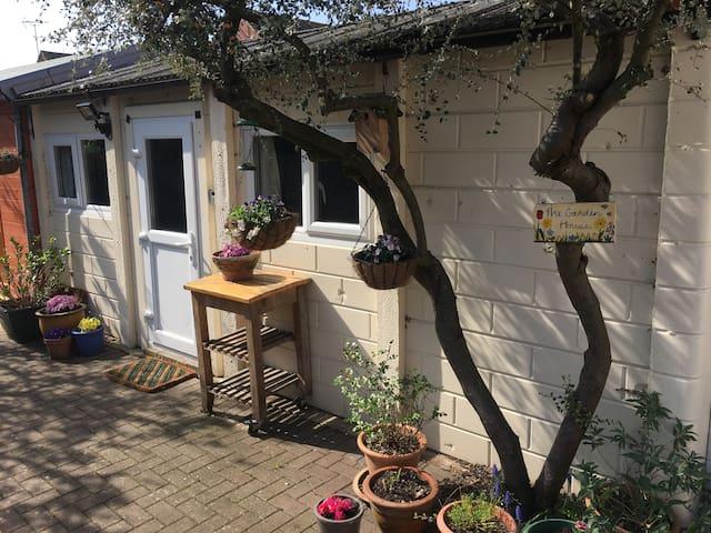 The Garden House in Kingsholm, Gloucester