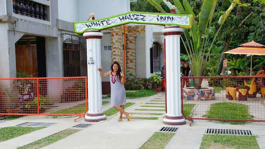 White Hauz Inn - port Barton San Vicente Palawan Philippines - Hus