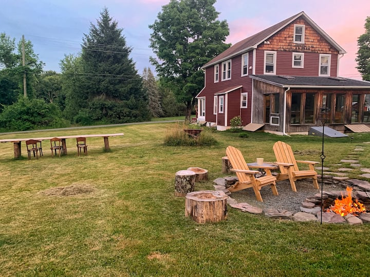 Fox's Den: Fun Catskills Home w/ Private Lake Lot