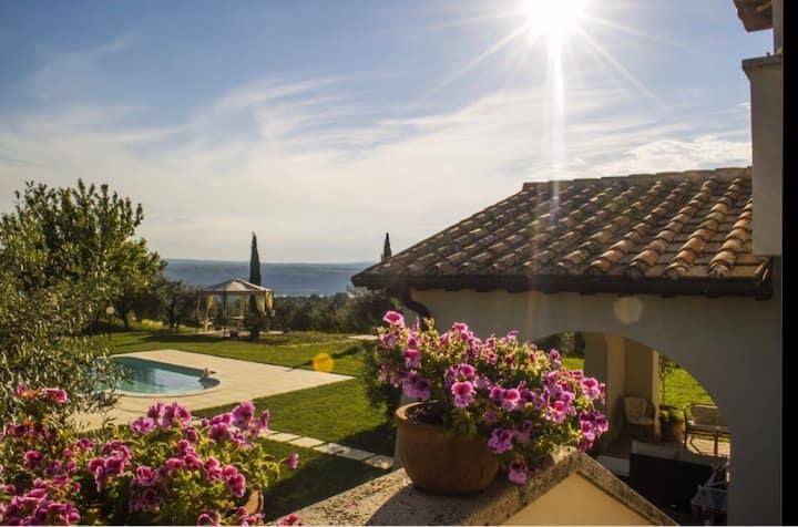 Villa 5 stelle con piscina in Umbria