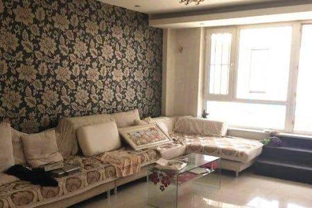中海金域中央  时尚大床房 - Changchun Shi